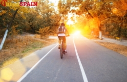 Barcelona on a bicycle: overview of urban routes